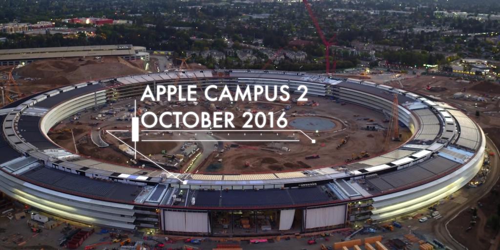 En esta imagen podemos apreciar el estado de las obras del proyecto de arquitectura de la nueva sede de Apple en Cupertino, California en octubre de 2016.