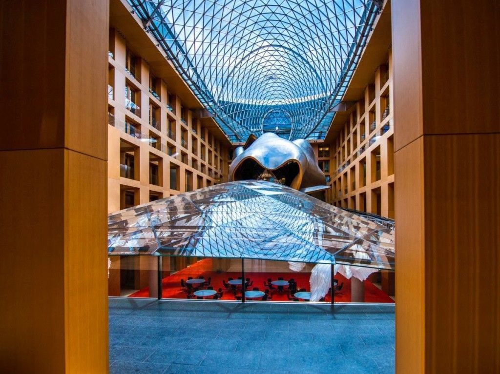 Banco DZ, en Berlin Alemania, diseñado por Frank Gehry